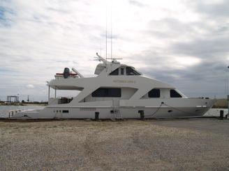 2002 Breaux Bay Craft Cockpit Motor Yacht