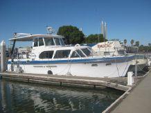1964 Hatteras Aft Cabin Motoryacht