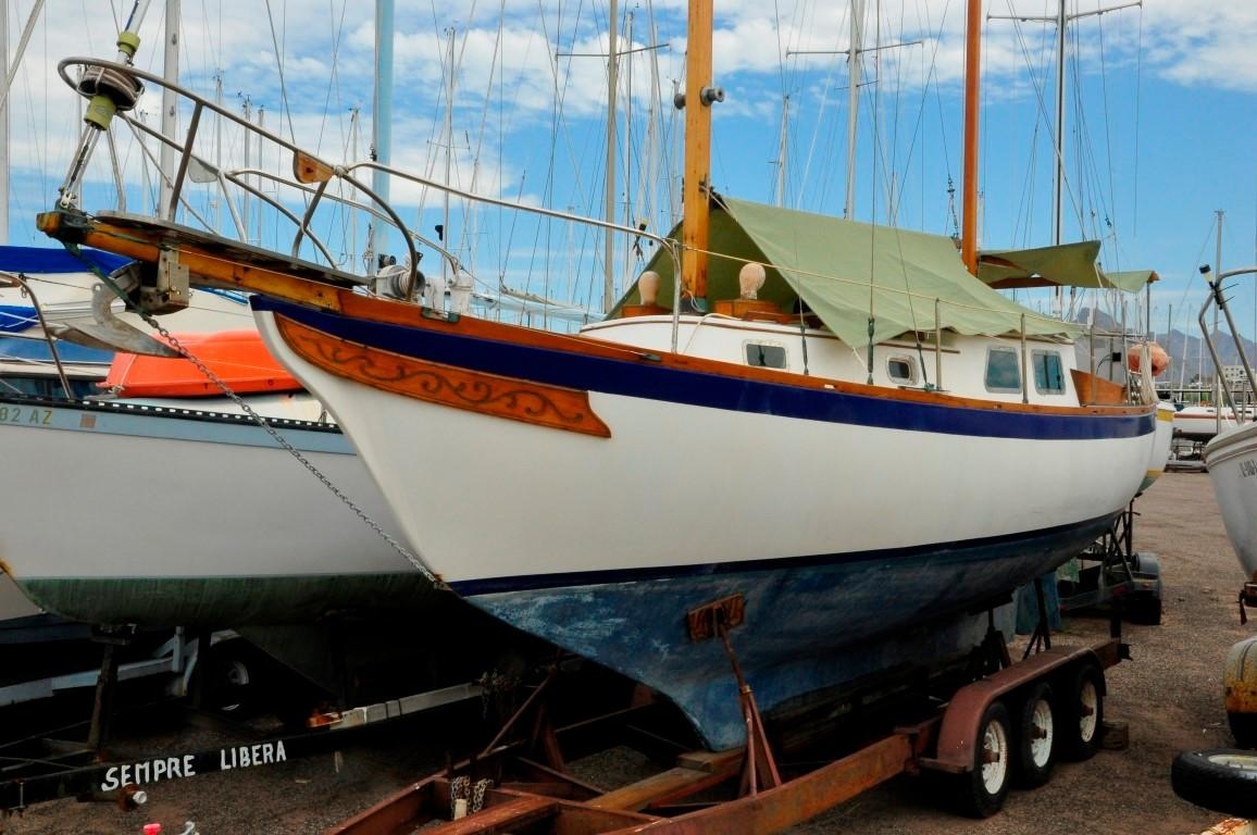 31' Mariner Ketch+Photo 5