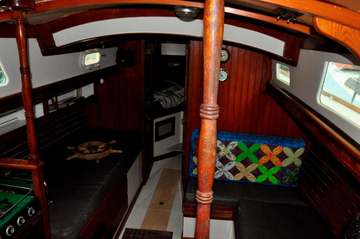 31' Mariner Ketch+Photo 6