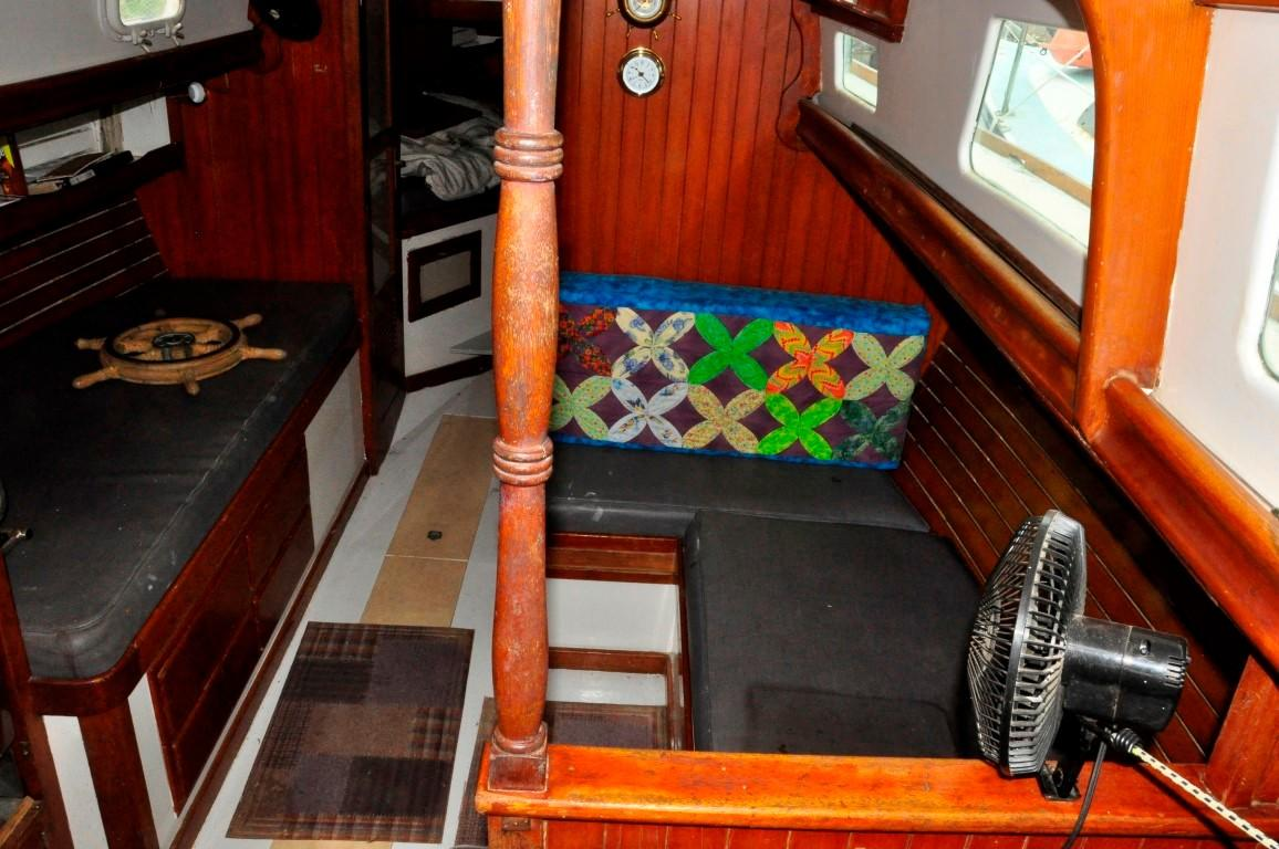 31' Mariner Ketch+Photo 7
