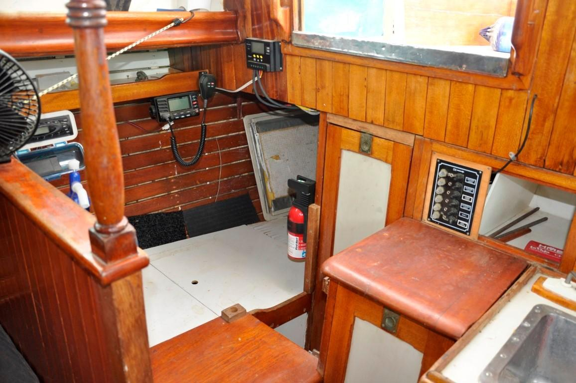 31' Mariner Ketch+Photo 15