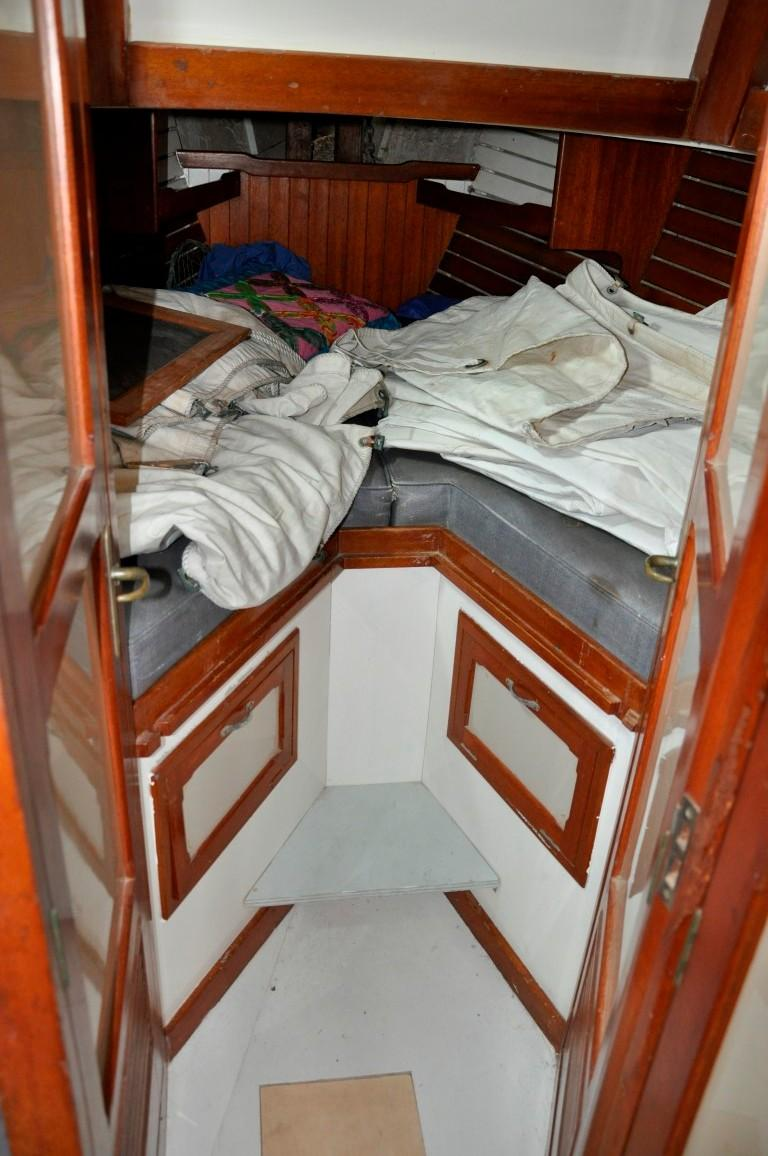 31' Mariner Ketch+Photo 19