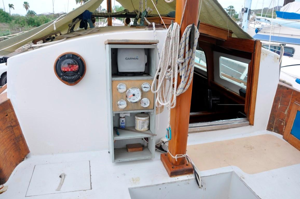 31' Mariner Ketch+Photo 29