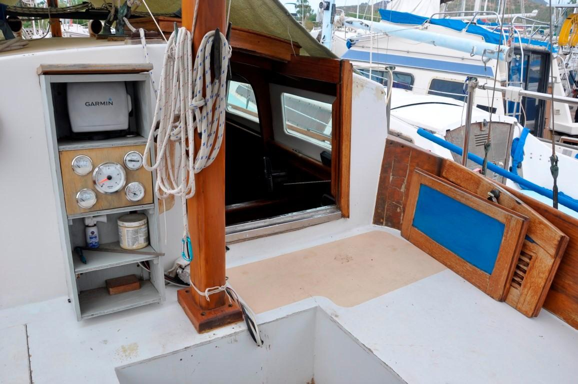 31' Mariner Ketch+Photo 30