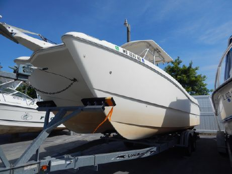 1998 World Cat 246 Sport Fish