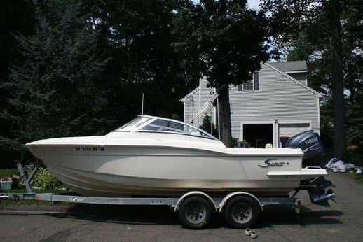 2006 Scout Boats 222 Dorado