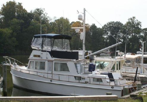 1989 Grand Banks 42 Classic w/Stabilizers
