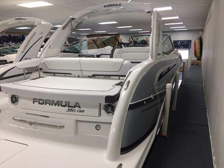 2018 Formula 350 Crossover Bowrider