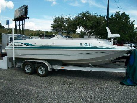 1999 Hurricane Fundeck 201 Deckboat
