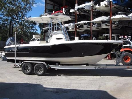 2012 Pioneer 222 Sportfish