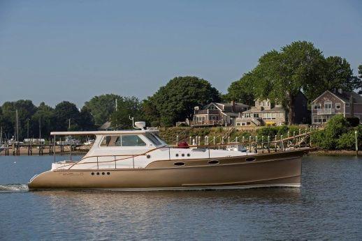 2004 Shannon Ocean Express Cruiser