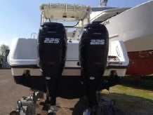 2007 Boston Whaler Conquest 285