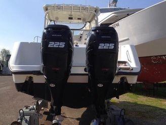 2007 Boston Whaler Conquest 285