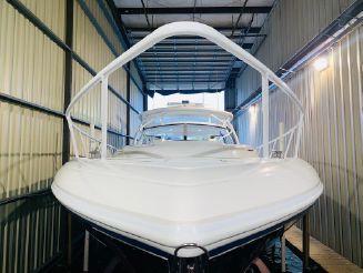 thumbnail photo 2: 2017 Intrepid 475 Sport Yacht