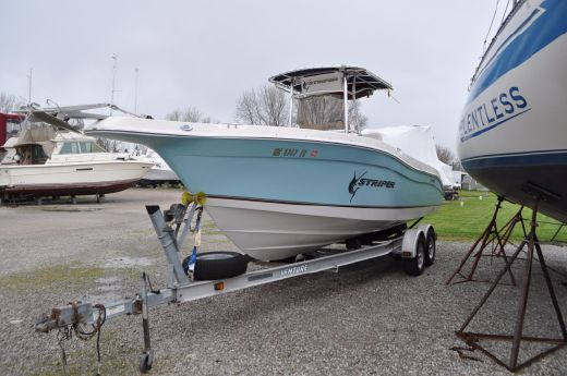 2007 Seaswirl 2301 CC Stripper Limited