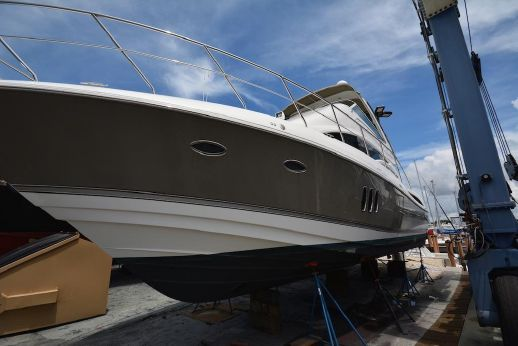 2008 Cruisers Yachts Sea Ray 447 Sport Sedan
