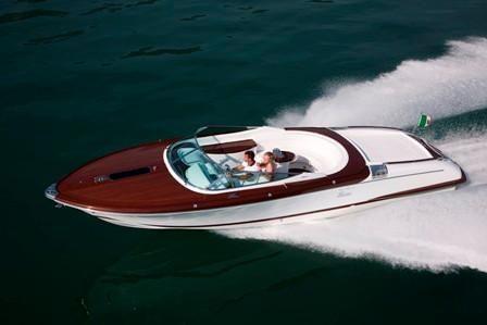 2011 Riva Aquariva Gucci Power Boat For Sale - www.yachtworld.com 93f73de40bb