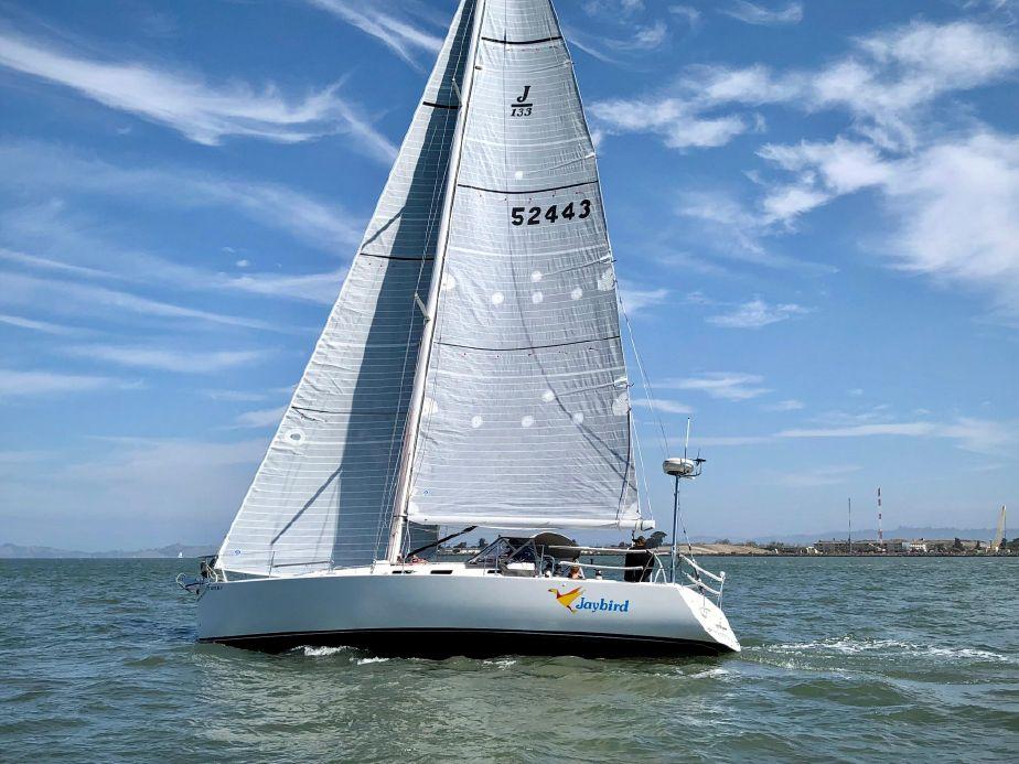 2004 j boats j 133