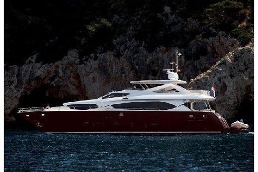 2012 Sunseeker 30M Yacht