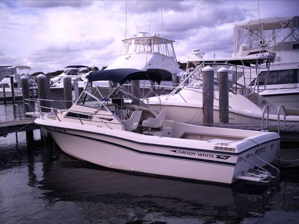 22 ft 1992 grady-white 22 seafarer