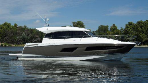 2016 Prestige Yachts 420S