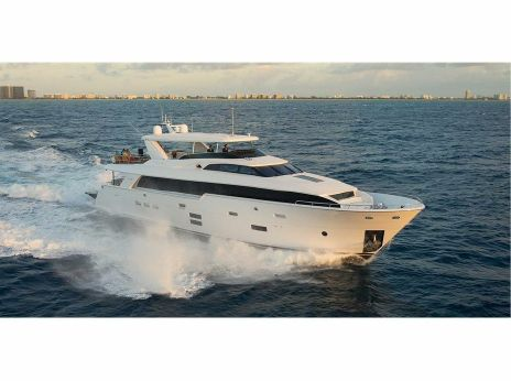 2014 Hatteras 100 Raised Pilothouse