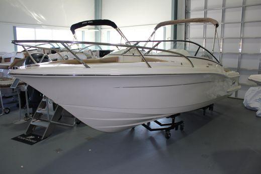 2017 Scout Boats 225 Dorado