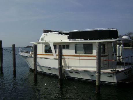 1974 Pearson Motor Yacht