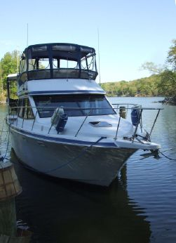 1990 Chris Craft 372 Catalina