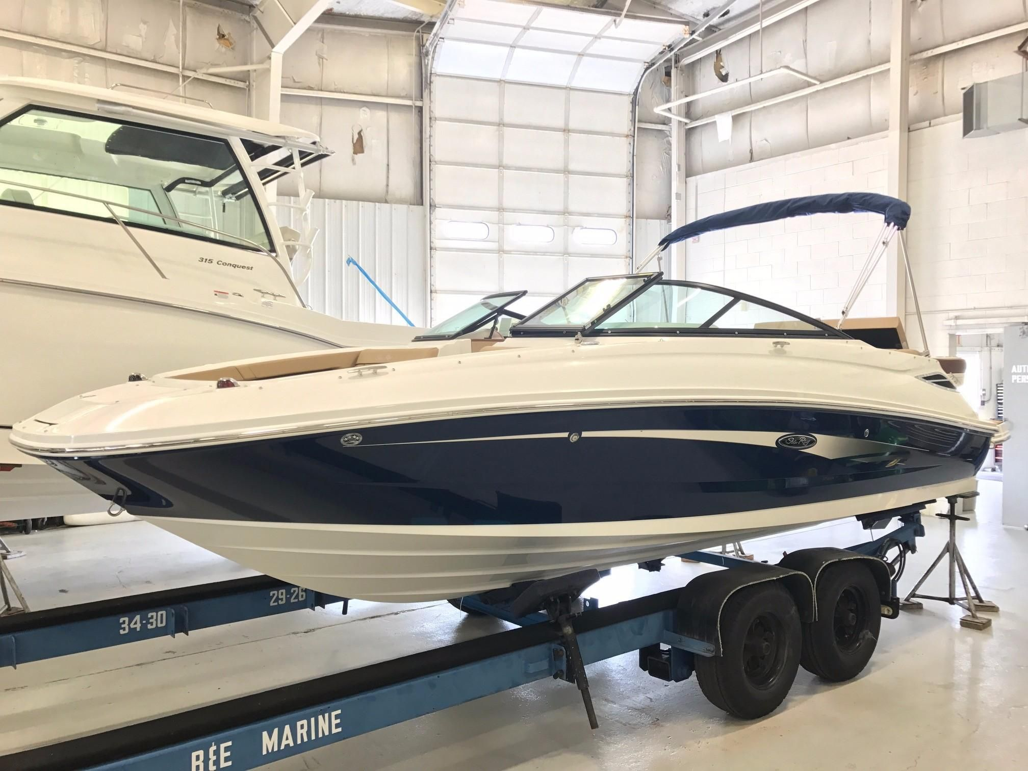 2017 sea ray 220 sundeck power boat for sale www for Sundeck flooring