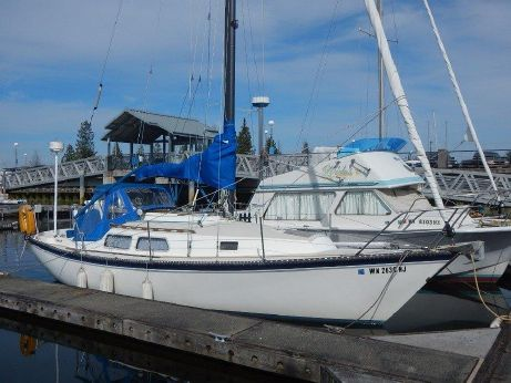 1983 Newport 28 Sloop