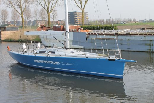 2005 Lutra Formidable 56