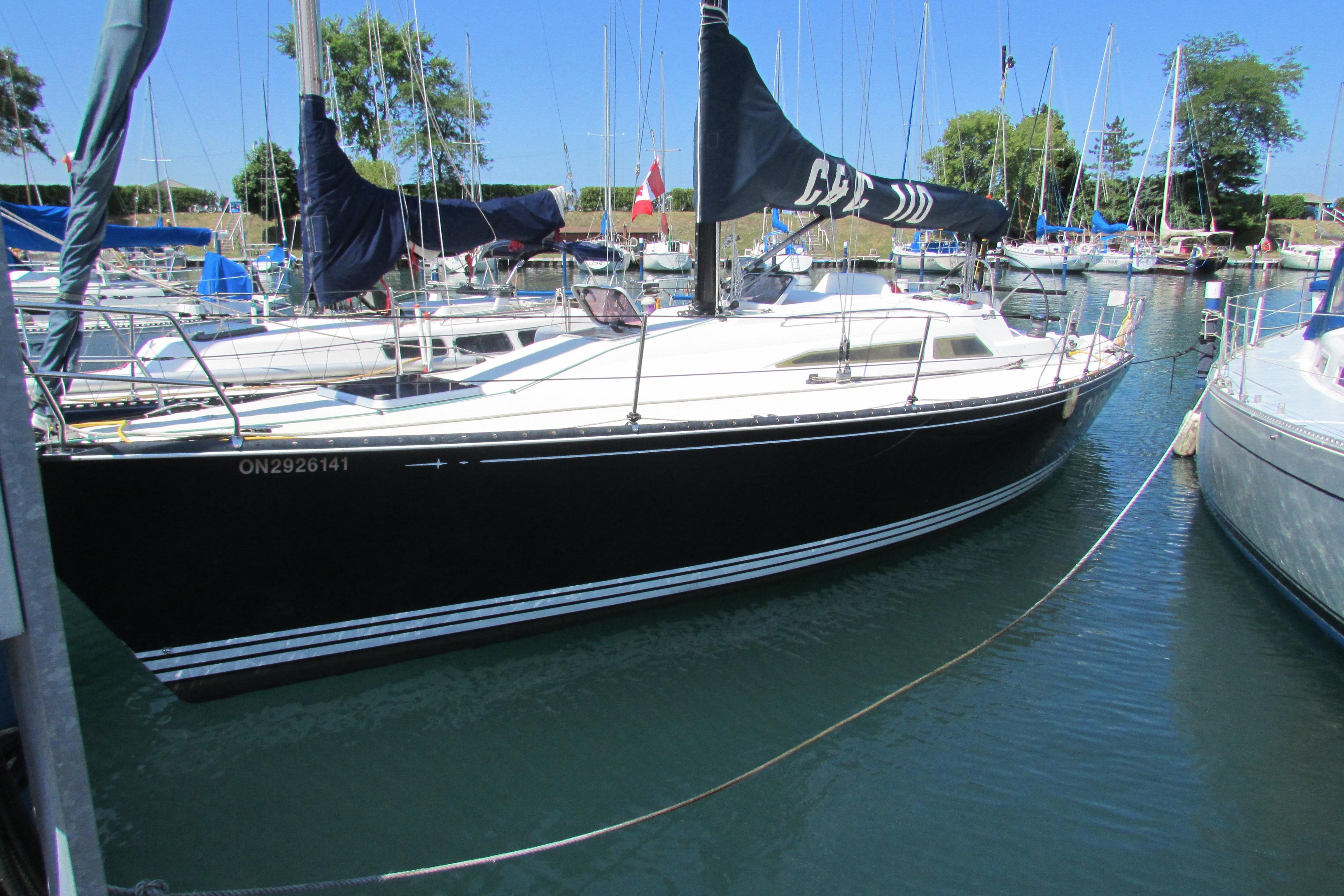 Bahamas Luxury Crewed Yacht Charter 110 ft, Island Time, $36,000 ...