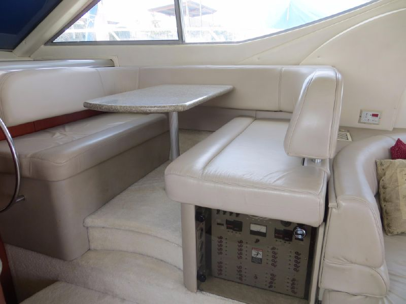 Maxum 4600 SCB yacht for sale in Oceanside California