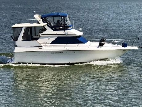 1991 Sea Ray 380 Aft Cabin