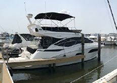 2017 Sea Ray 400 Flybridge