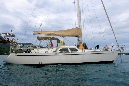 2007 Tayana 48