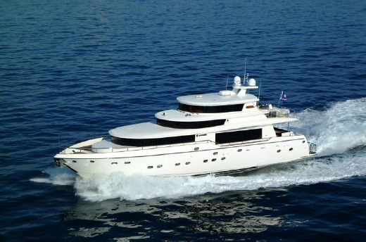 2018 Johnson 87 Motor Yacht Sky-Lounge