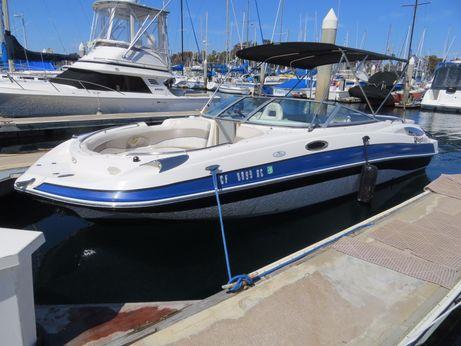 2005 Harris Kayot S245 Deckboat