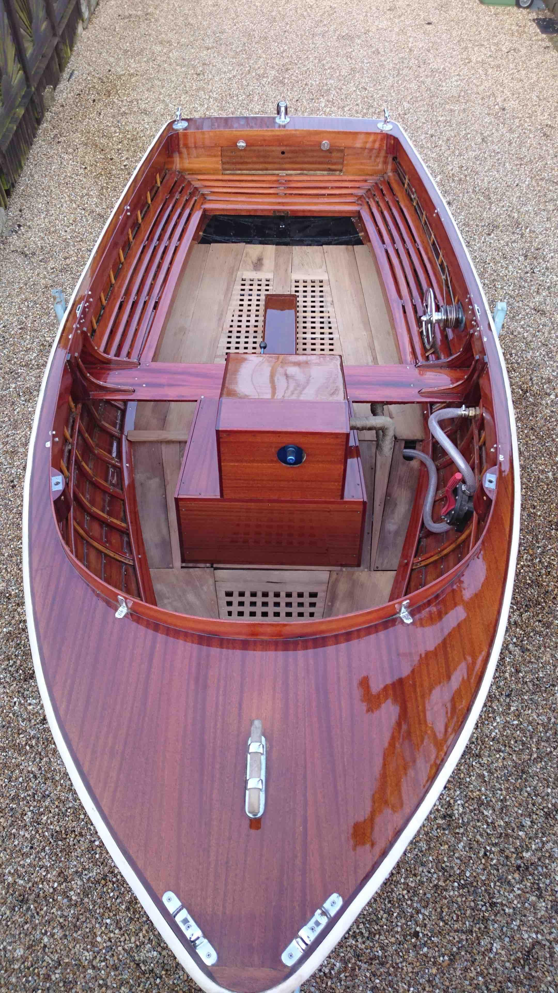Pictures Of Clinker Brick And Lava Rock Houses: 1950 Clinker Mahogany Launch Power Boat For Sale