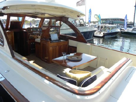 2009 Windsor Craft By Vicem Yachts 36 Hardtop