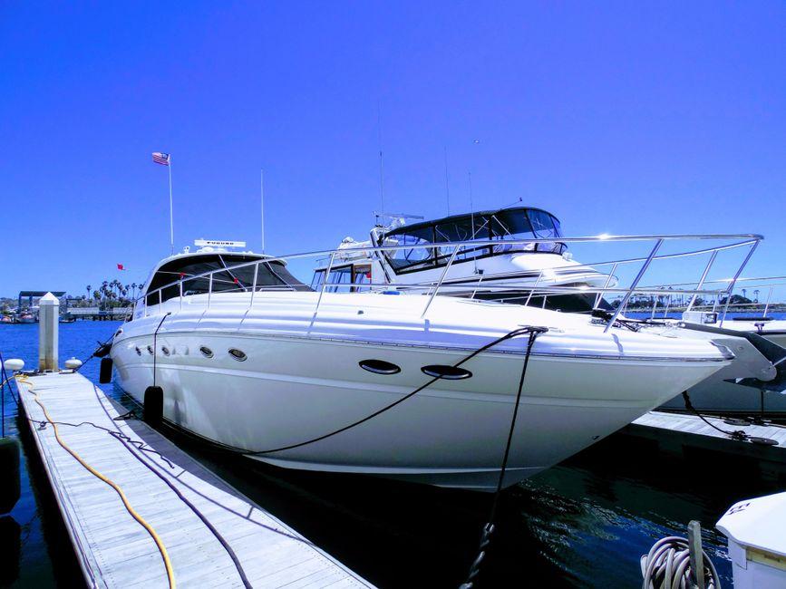 Sea Ray 510 Sundancer yacht for sale