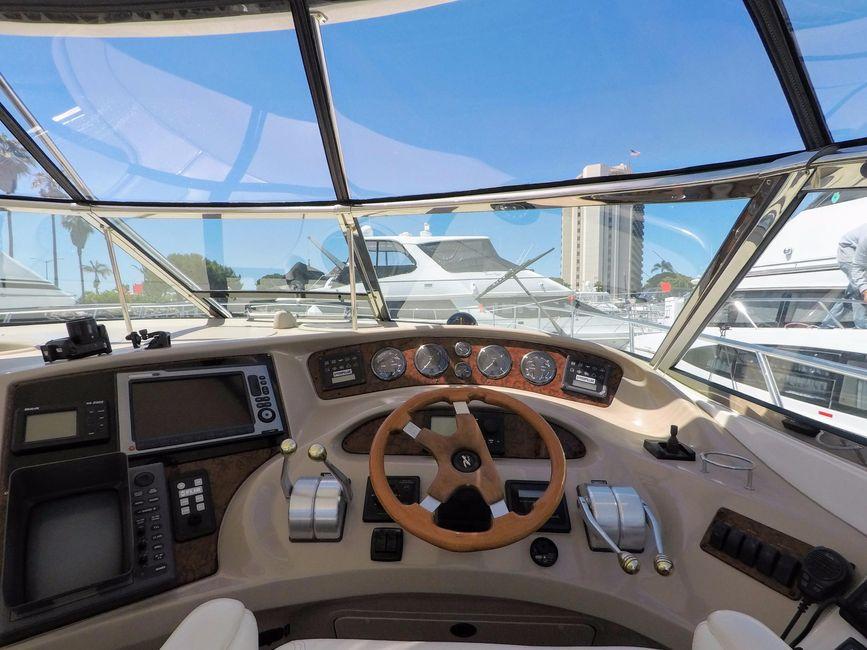Sea Ray 510 Sundancer yacht for sale in San Diego