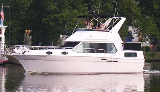 1992 Marinette 34 Aft Cabin
