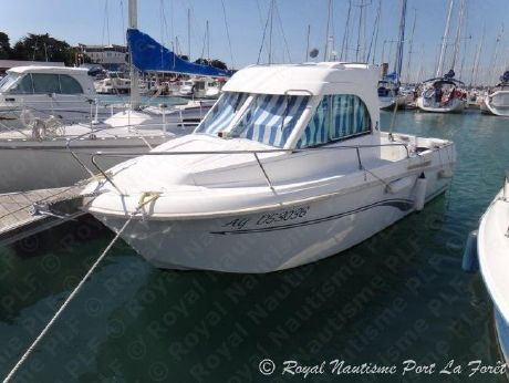 2008 Beneteau Antares 6 Fishing