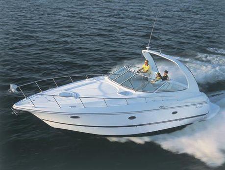 2005 Cruisers Yachts 370 Express