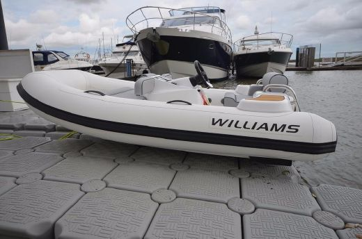 2017 Williams Turbojet 325 Sport 100HP