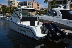 2012 Boston Whaler 315 Conquest