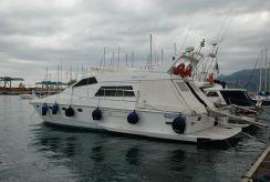 1991 Ferretti Yachts Altura 44